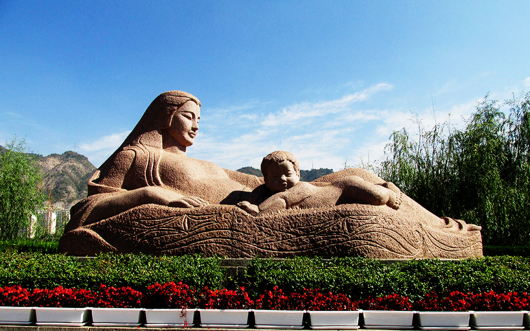 yellow River's Mother Sculpture's