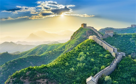 Hiking and Climbing The Great Wall