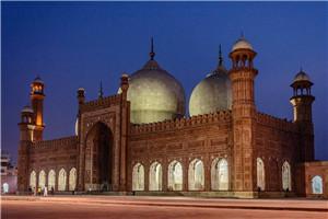 Badshahi-Mosque-2.jpg