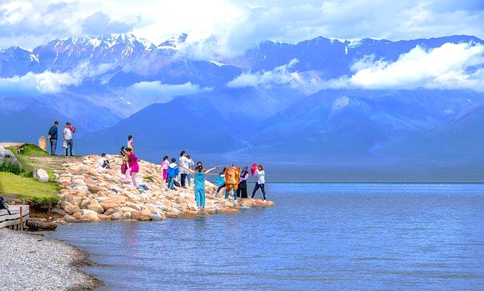 Sayram Lake1.jpeg
