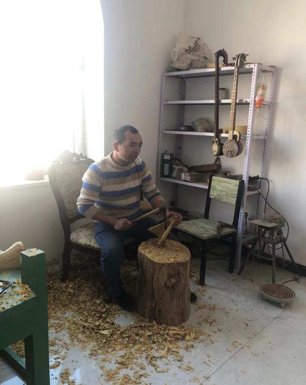 the-uighur-craftsman.png