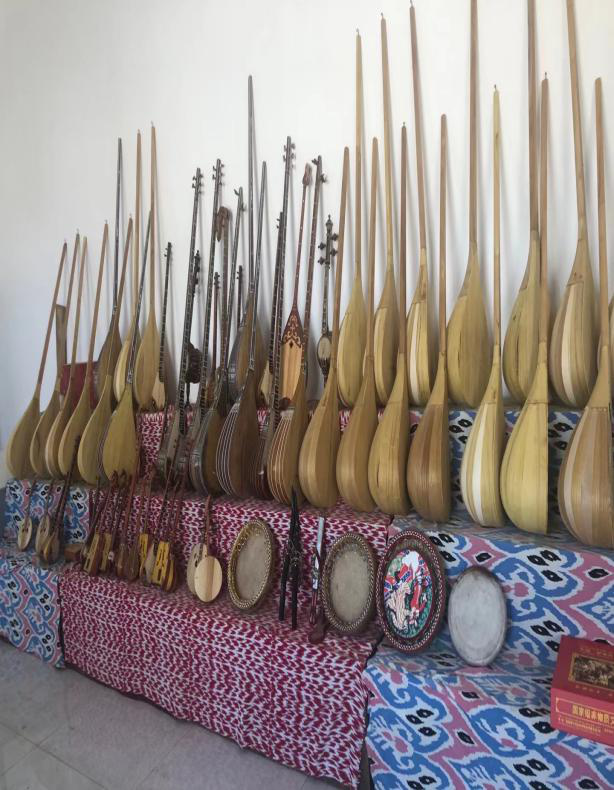 the-uighur-folk-musical-instrument-factory.png