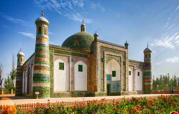 14 Days Silk Road and Northern Xinjiang Tour