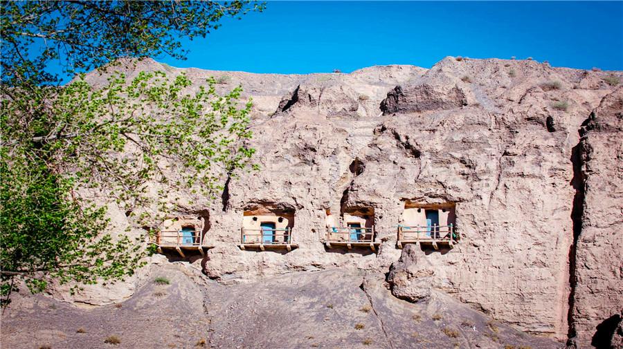 Yulin Grottoes.jpg