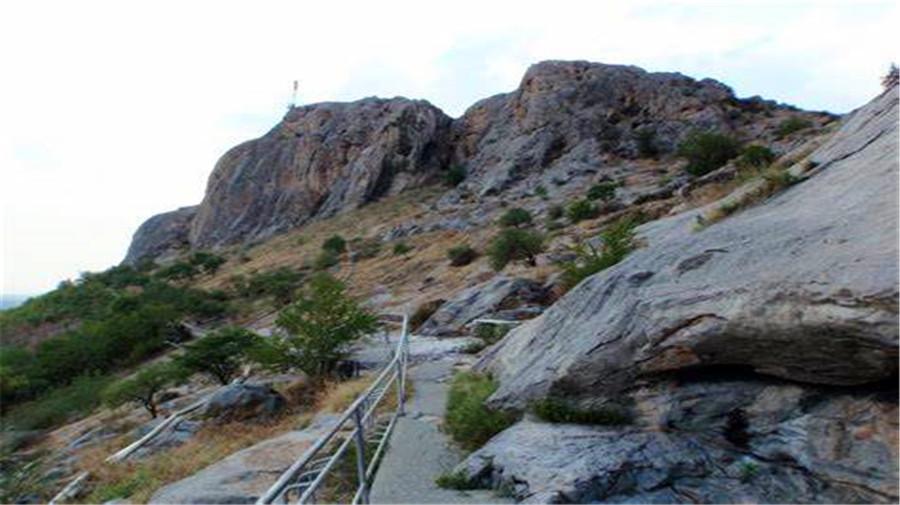 Suleiman-mountain.jpg