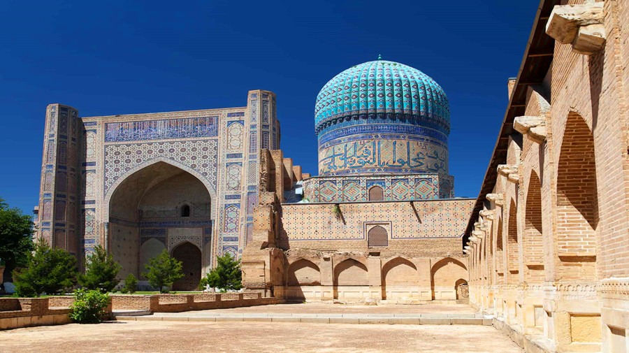 Bibi Khanum Mosque.jpg