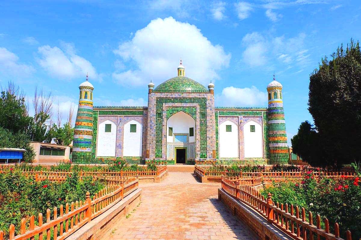 Apahoja Tomb.jpg