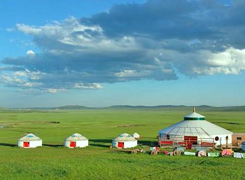 Baerhu Grassland.jpg