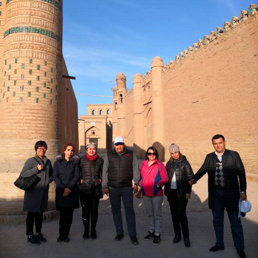 lesley in Khiva.jpg
