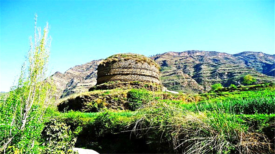 Gumbatuna Stupa.jpg