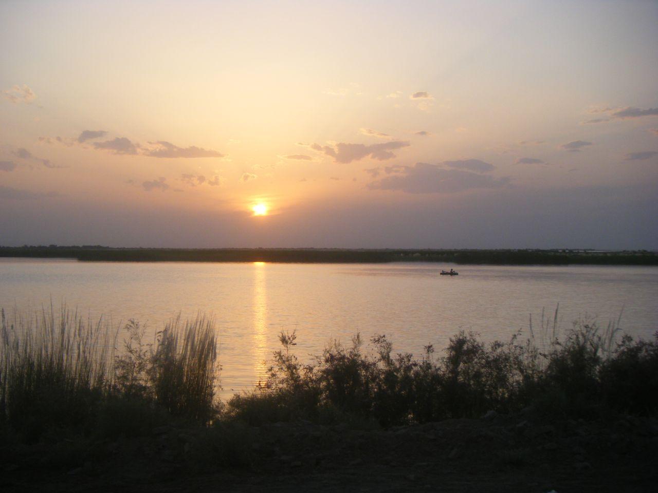 Amu Darya River.jpg