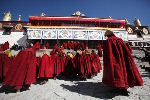 Drepung Monastery.jpg