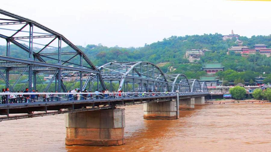 zhongshan bridge.jpg