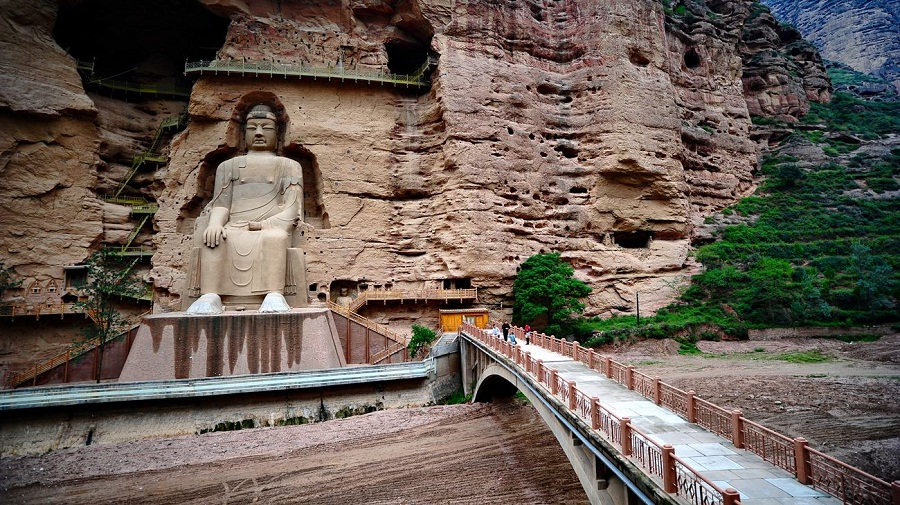 Binglingsi Temple.jpg