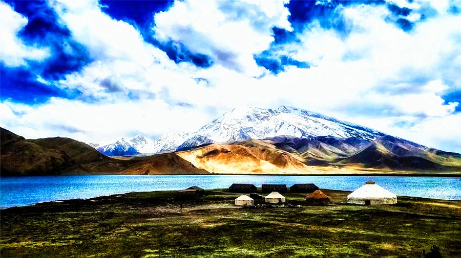 Karakul Lake.jpg