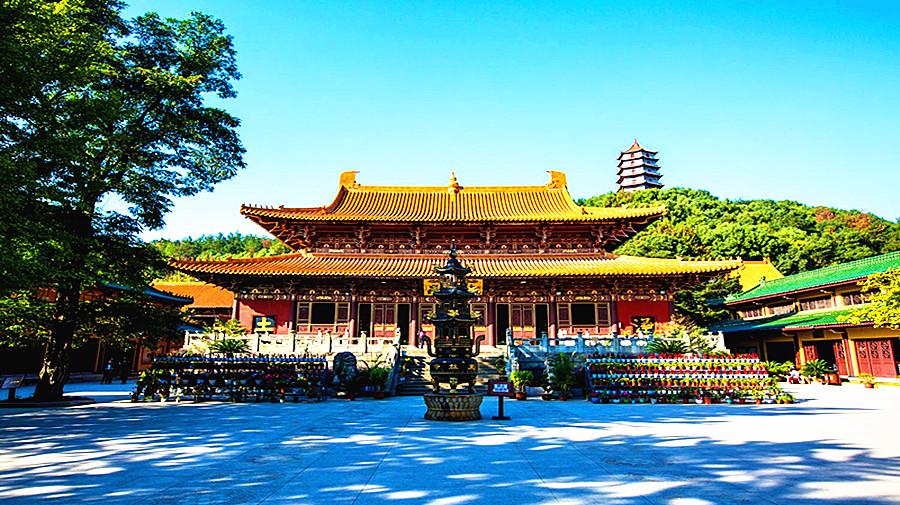 Dongzhulin Temple.jpg