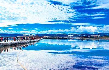Qinghai Lake Zhangye and Dunhuang Tour