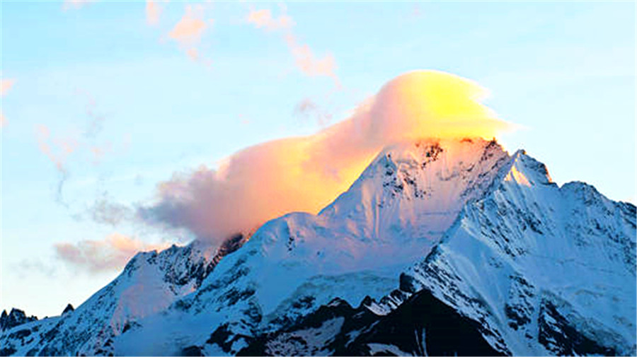 Meili Snow Mountain.jpg