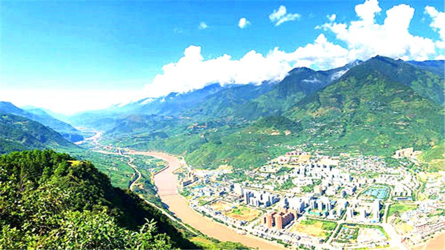 Tongle lisu village.jpg