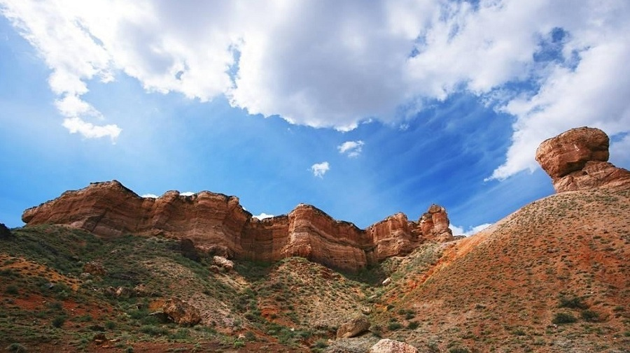 Charyn-canyon.jpg
