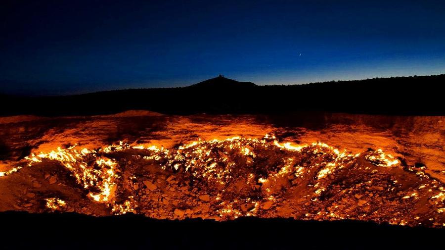 Gas-crater-darvaza.jpg