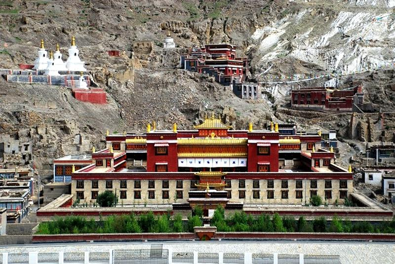 Tashilunpo-monastery.jpg