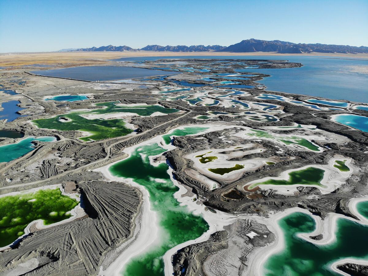 Emerald- Lake1.jpg